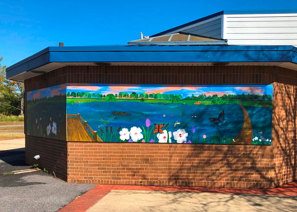 This Lake Artemesia mural is a great destination for bicyclers, hikers, walkers, birders and more.